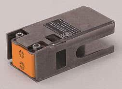 IFM Induktiver Sensor DC PNP 2 x  IN507A