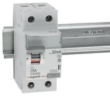 LEGR Tx3 FI-Schalter 25A 2P 30Ma  411559